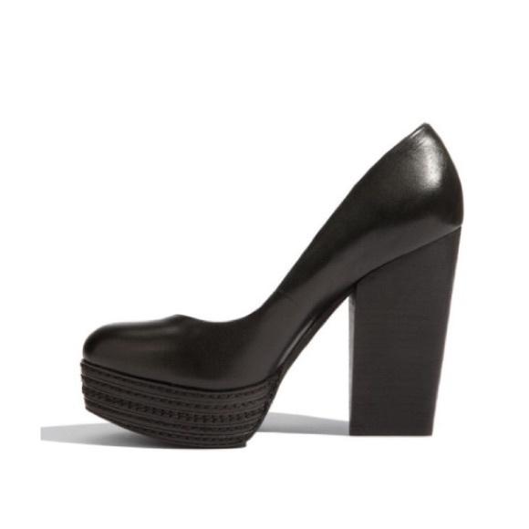 0a38ab16e Trouve Shoes - TROUVE ~ Femi black leather chunky heel size 7.5